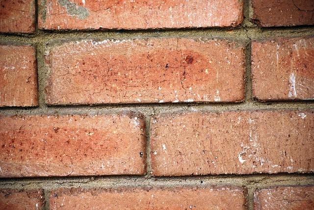 bricks-71320_640
